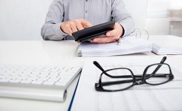 Nieprawidłowa transakcja – anulowanie faktury czy korekta?